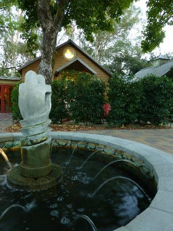 ذا كوتيدجز أوف نابا فالي: The exterior of our charming cottage 