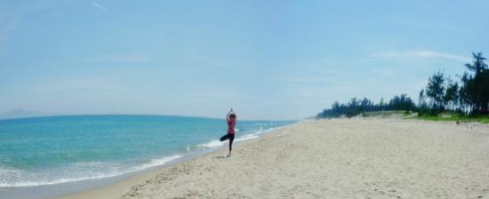 Hoi An Yoga: An Bang Beach