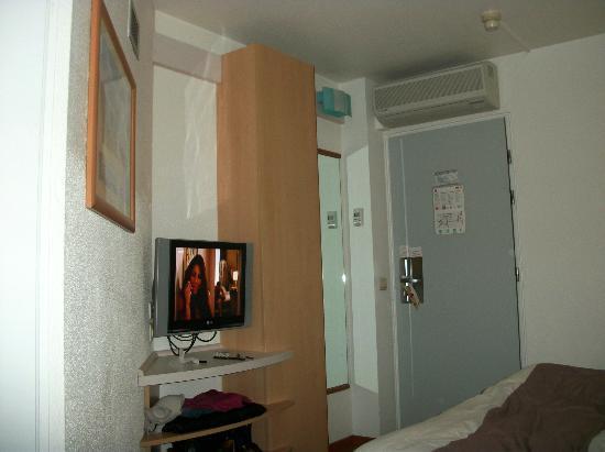 Ibis Brussels Centre Sainte Catherine: Habitación