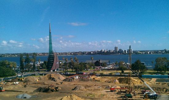 The New Esplanade Hotel: View from 8th floor room of the Swan River