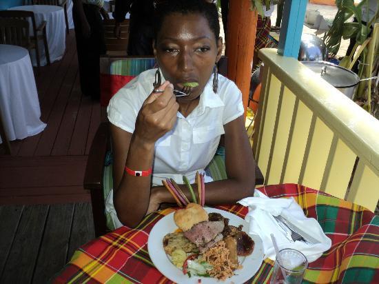 Trios Caribbean Fusion Restaurant: Enjoying the Kweyol fare! Today, October 28, 2012