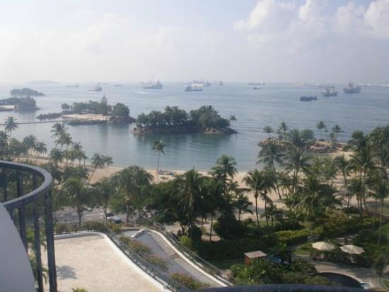 Shangri-La's Rasa Sentosa Resort & Spa: seaview