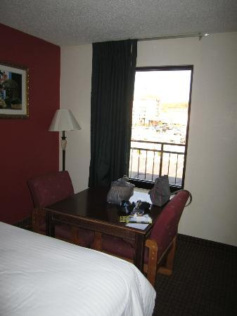 Island Drive Lodge: Double queen room