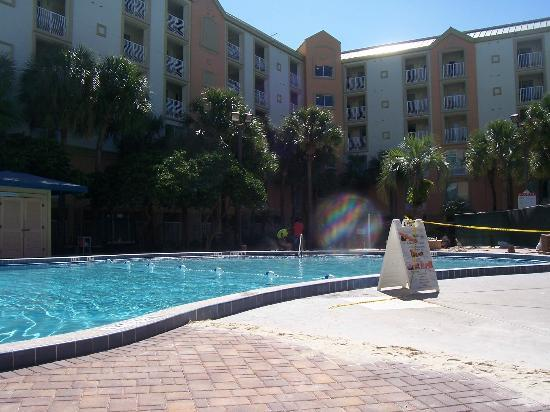 Holiday Inn Resort Orlando-Lake Buena Vista: great pool area, but we were there during construction!