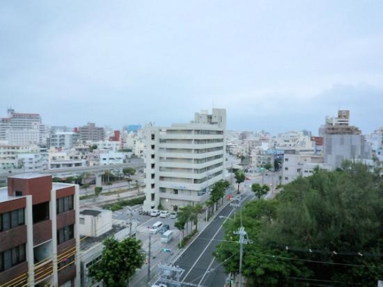 Okinawa Sunplaza Hotel: 部屋からの眺め