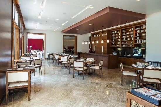 The dining room picture of park hyatt chennai chennai tripadvisor park hyatt chennai the dining room sxxofo