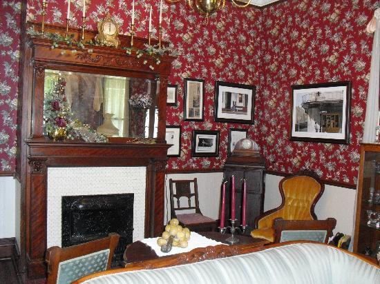 McFarlin House : One of the public areas