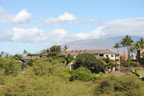 Maui Coast Hotel: View of the Island of Maui from Room