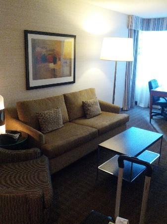 Cambridge Suites Toronto Living Room To Work Desk