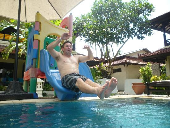 Legian Paradiso Hotel : Lots of fun for the young at heart