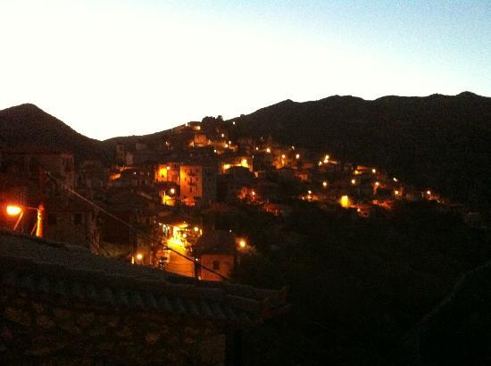 Amanites: Balcony view just after sunset