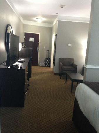 Comfort Suites at Katy Mills : Room View From Bed Side of the Room