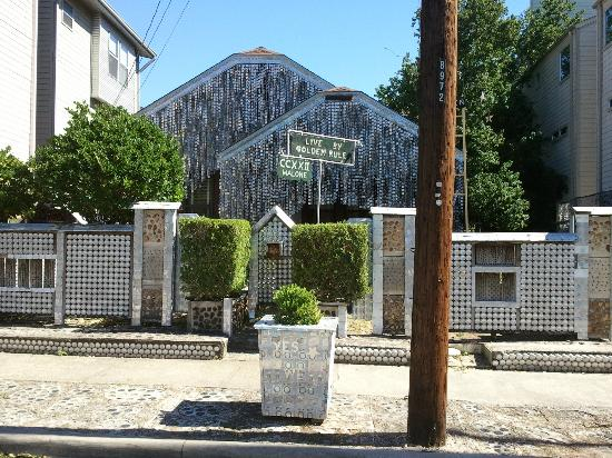 Strange A House Made Of Beer Cans Per Tripadvisor Places To See Interior Design Ideas Philsoteloinfo