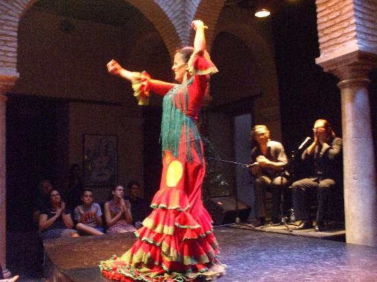 Museum del baile flamenco show picture of museo del for Espectaculo flamenco seville sevilla