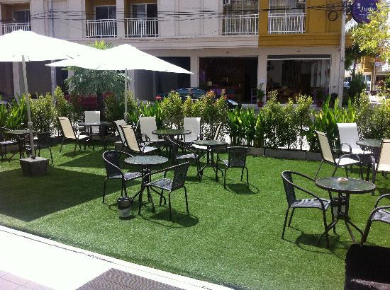 Garden Phuket Hotel: Jardin
