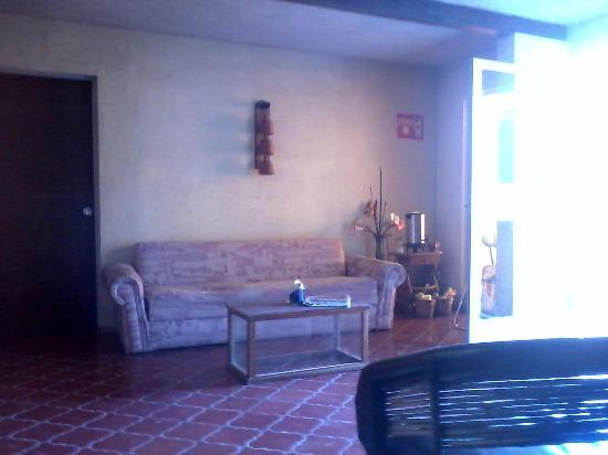 Hostal Galeria Cafe 1810: Lobby del hostal
