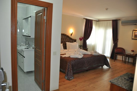 İstanbul Hotel Bulvar Palas Family Suite with two room connected
