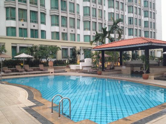 InterContinental Singapore: swimming pool