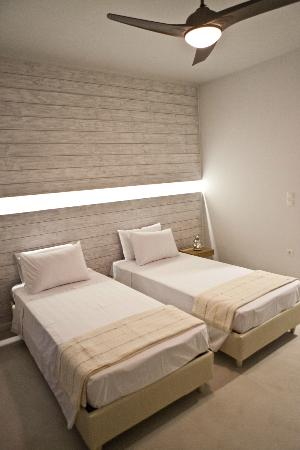 Xanthippi Hotel Apartments: Room