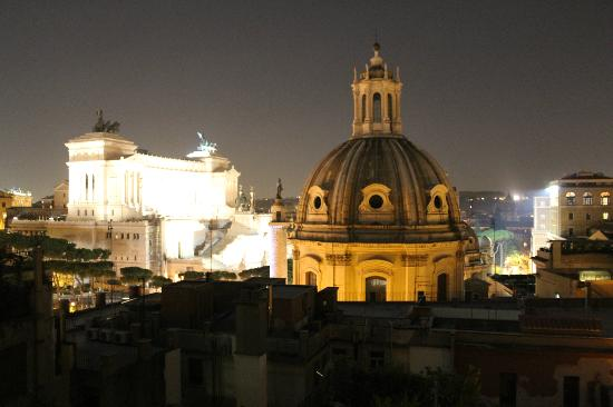 Residenza Torre Colonna: View from rooftop terrace at night