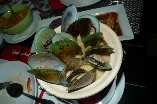 Red Crab Thai Restaurant : Green mussels cooked in coconut soup