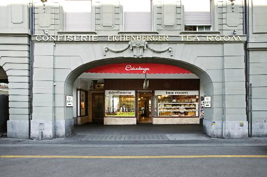 Confiserie Eichenberger : Hauptgeschäft am Bahnhofplatz 5 in Bern