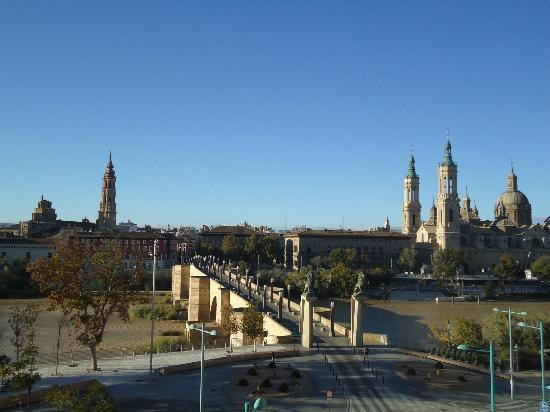 Ibis Zaragoza Centro: Vistas desde la habitación