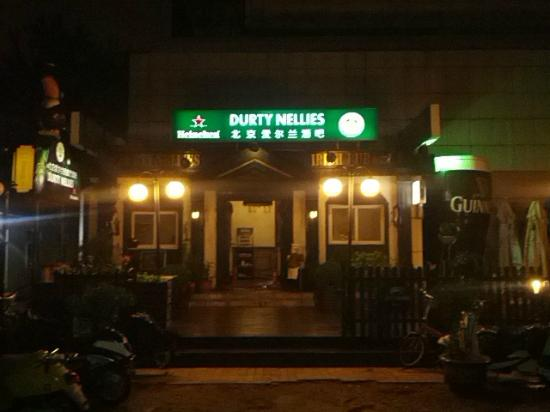 Durty Nellies Irish Pub near Landmark Towers Hotel