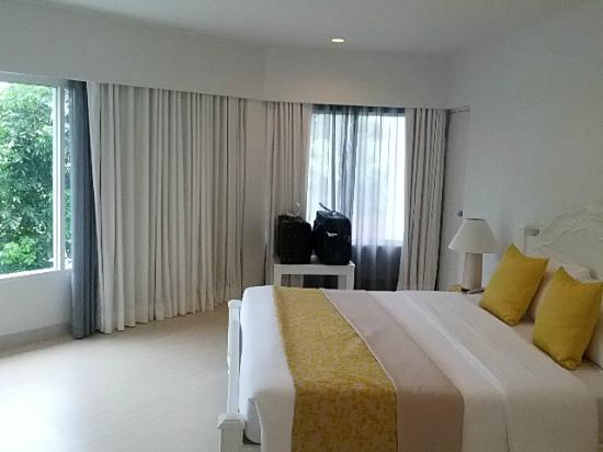Cera Resort Chaam: Suite bed area