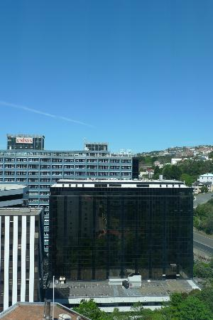Bolton Hotel Wellington : City view