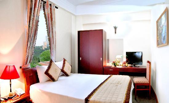 باو خان هوتل: hotel room 