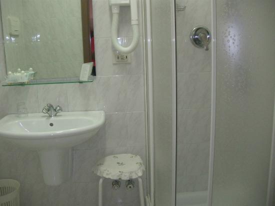 Antica Locanda Leonardo: Bathroom