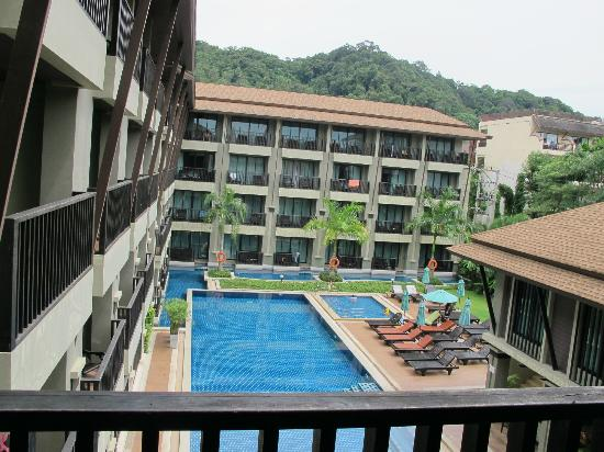 Ananta Burin Resort: pool view room