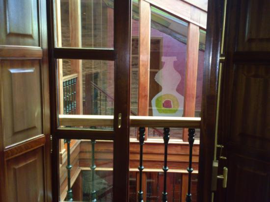 Hotel Rua Villar: ventana interior