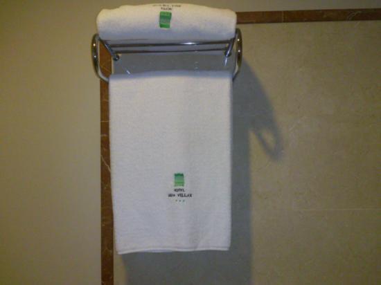 Hotel Rua Villar: toallas