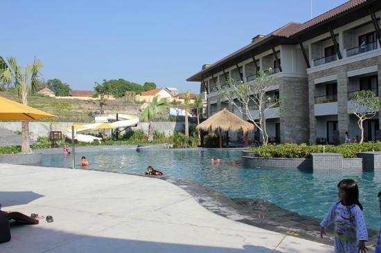 Swimming Pool Picture Of The Singhasari Resort Batu Tripadvisor