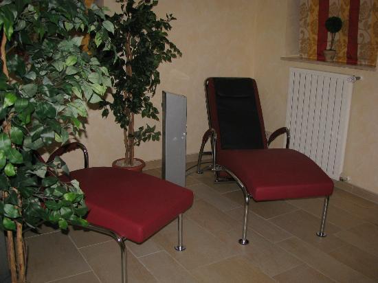 Hotel Zum Postillion: Massageliegen im Wellnessbereich (Gebühr)