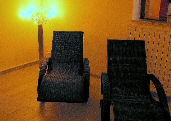 Hotel Zum Postillion: Ruheliegen im Wellnessbereich