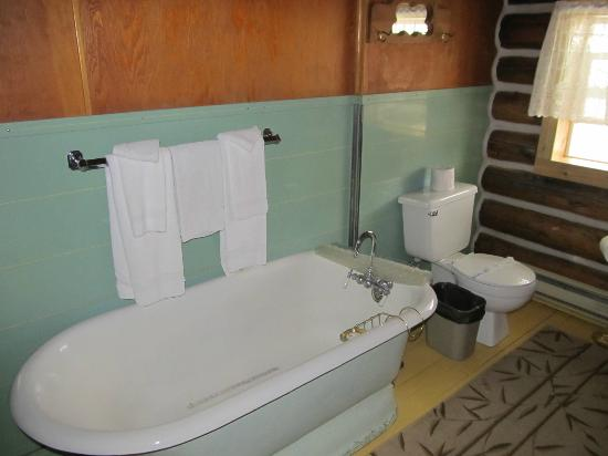 The Historic Madison Hotel: Rm #10 with BathTub