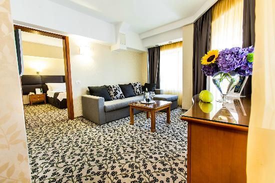 Crystal Palace Hotel: Junior Suite