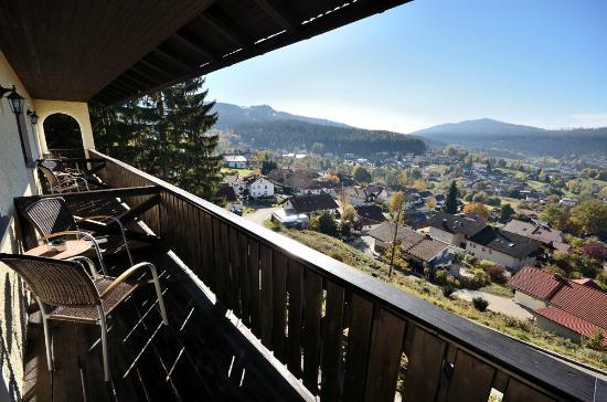 Villa Montara Bed & Breakfast: Balkon mit schöner Aussicht