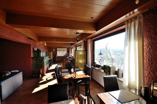 Villa Montara Bed & Breakfast: Aufenthalts- bzw. Frühstücksraum
