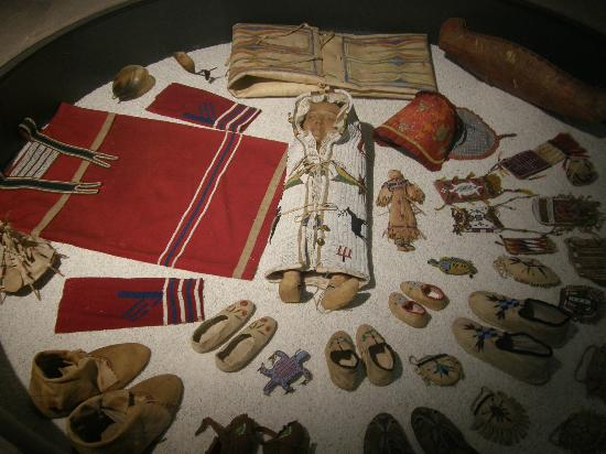 Castello d'Albertis: North American Indian artifact display