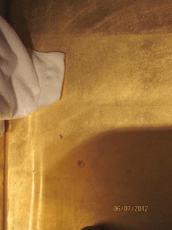 SINA Centurion Palace: encore de la moisisure