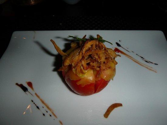 L'entrecote Steak House: tomato salad