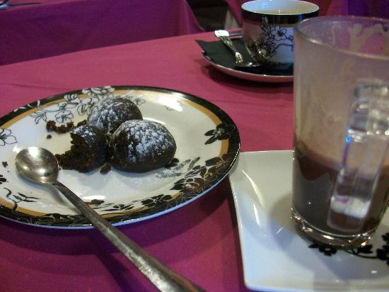 Russian Tea Room: Chocolate potato cakes and hot chocolate