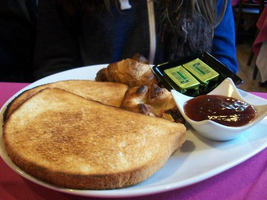 Russian Tea Room: Bread basket breakfast