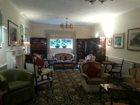Middle Ruddings Country Inn: Residents Lounge Area (doggie free)