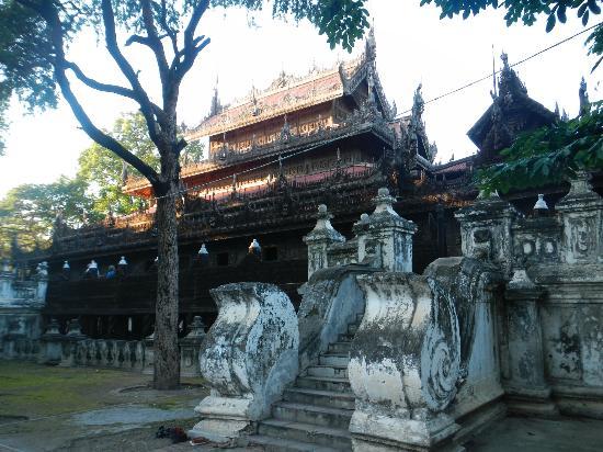 Golden Palace Monastery  (Shwenandaw Kyaung): Teak Wood Monastry