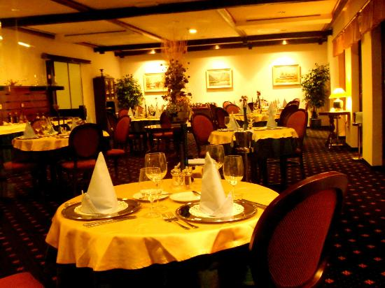 Jezero Hotel: Main Dining for Ala Carte